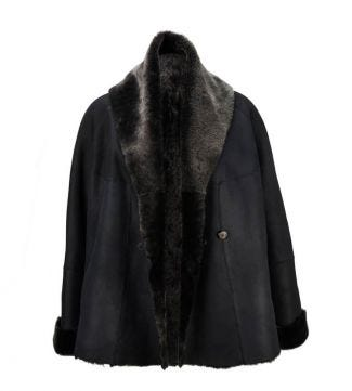 The Freja Sheepskin Short Coat black