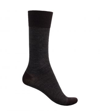 English Luxury Wool Socks in chocolate and cream | OSPREY LONDON