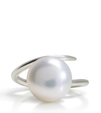 The Warrior Silver & Pearl Twist Ring | OSPREY LONDON