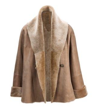 The Freja Sheepskin Short Coat in taupe | OSPREY LONDON
