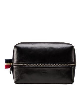 The Malham Leather Washbag in black | OSPREY LONDON