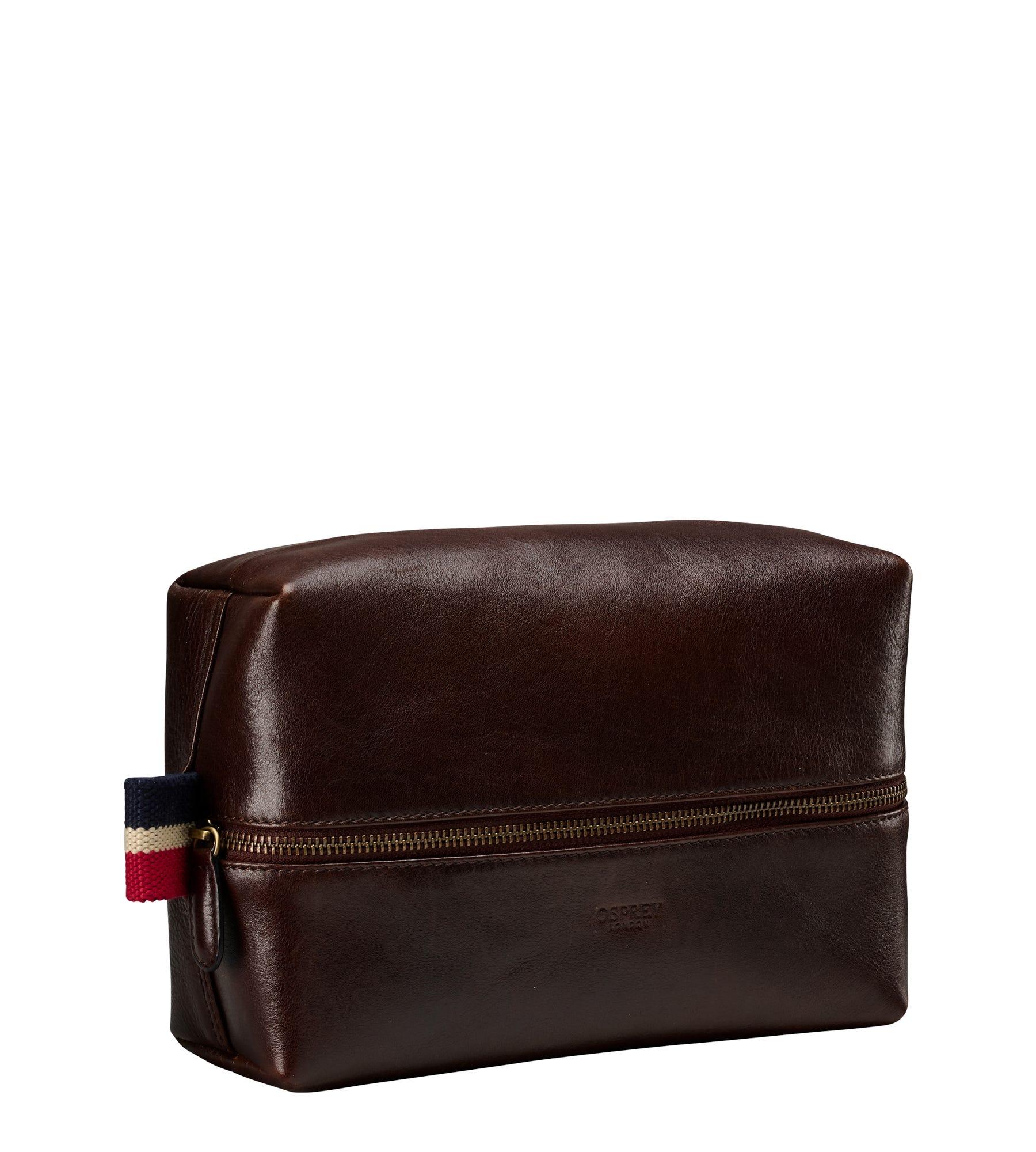 An image of The Malham Leather Washbag