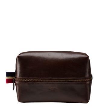 The Malham Leather Washbag in chestnut | OSPREY LONDON