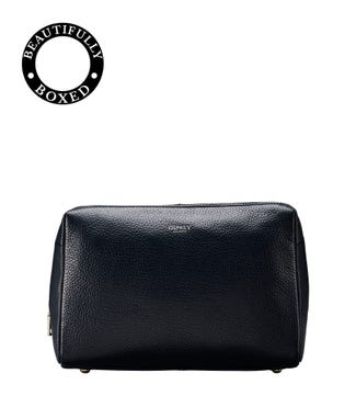 The Daria Leather Washbag in midnight blue