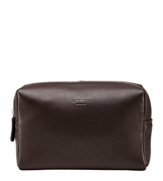 The Kelso Leather Washbag in chocolate | OSPREY LONDON