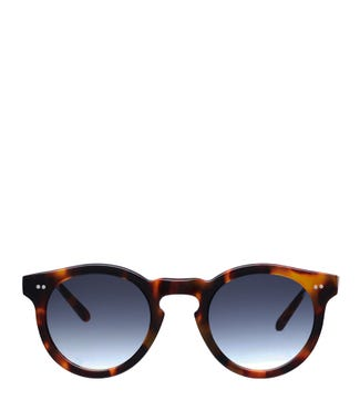 The West Coast Sunglasses in tortoiseshell