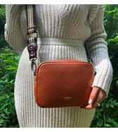 THE CHISWICK LEATHER CONVERTIBLE CROSS-BODY